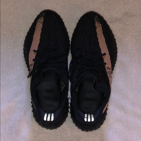 black and gold yeezy